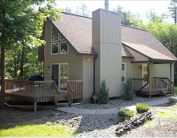 Mountain Chalet Escape - Albrightsville - Дом