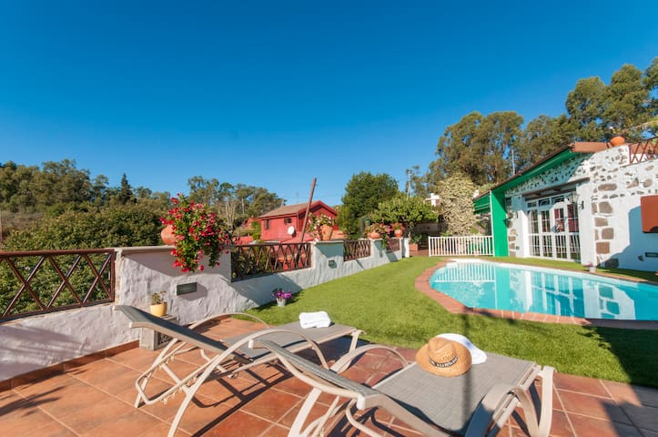 Holiday Cottage with pool (GC0024) - Firgas - Квартира
