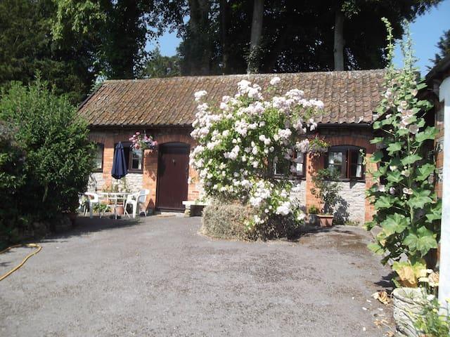 The Apple House Westbury sub Mendip - Wells