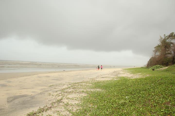 Beach Apartment in scenic south Goa - Varca - Leilighet