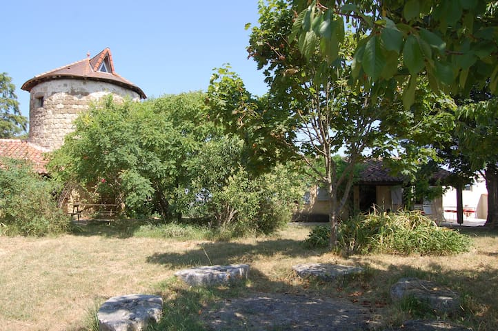 House in sunny South-West-France - Bazian - Huis