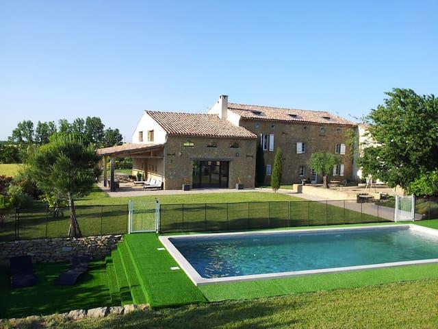 Cottage 550m ², sleeps 18, 9 rooms - Saint-Félix-Lauragais - Dom