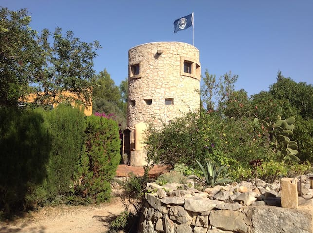 Rustic tower/studio in natural parc - Jávea - Casa