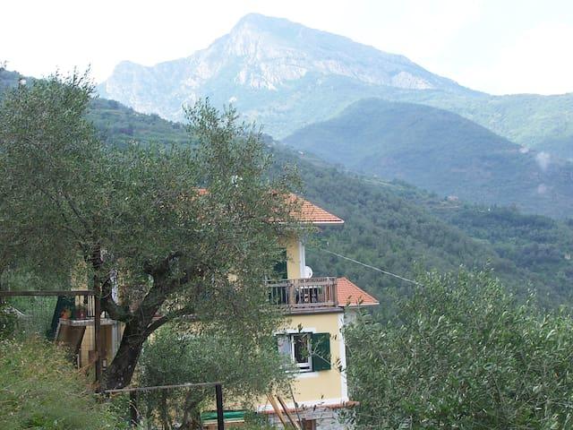 B & B Casa Valeria, Regione Argeleo - Pigna - Bed & Breakfast