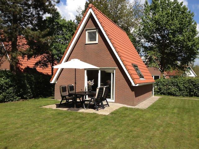 Luxury holidayhome incl. bedlinen 1 - Sint Nicolaasga - Hus