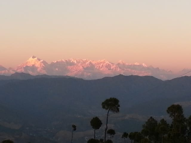 Independent Cottage, Valley and Himalayan view - Majkhali, Ranikhet - Hus