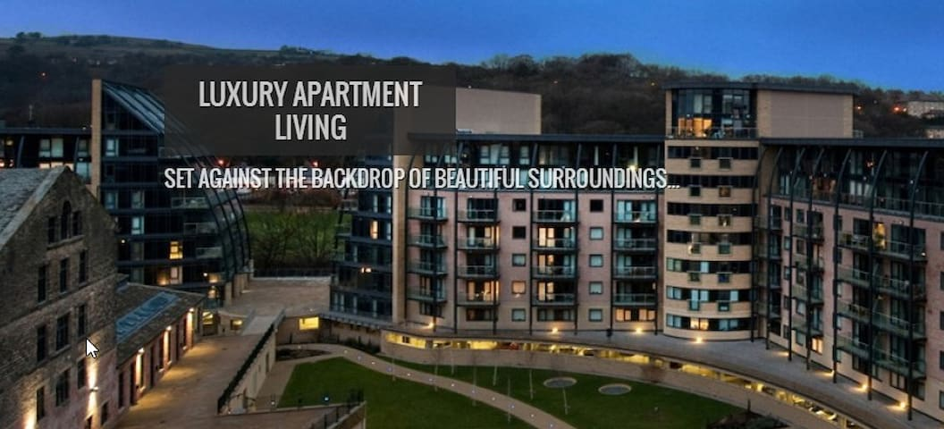 Saltaire Apartment By the River - West Yorkshire