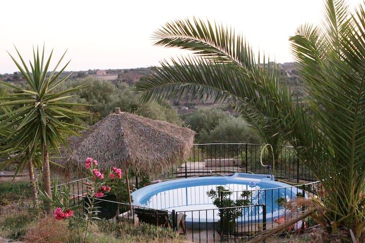 Charmant vakantiehuis met zwembad - Niscemi - Casa de campo