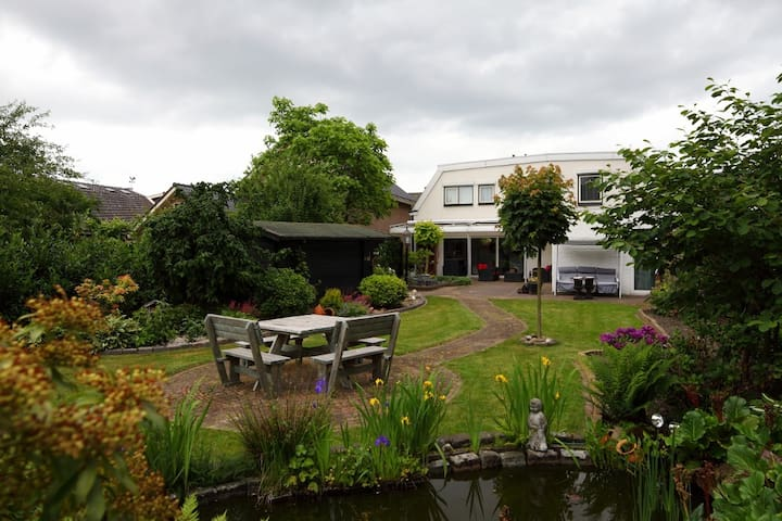 6 Rooms in a Comfortable House - Nijverdal