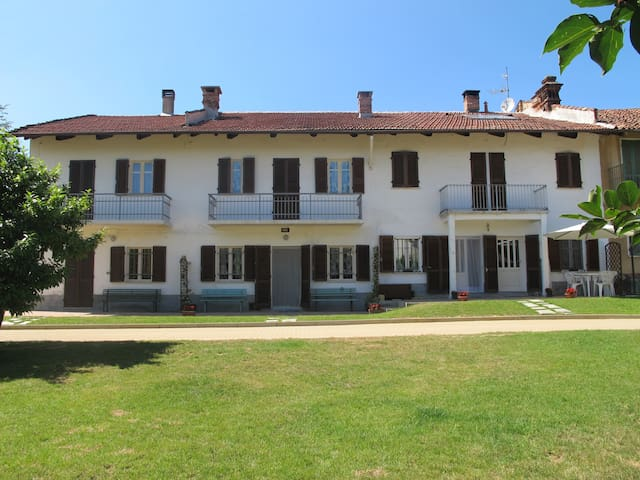 House in the countryside of Turin - Arignano