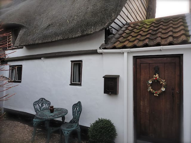 Honeyway Cottage Entire House - Whittlesey - 獨棟