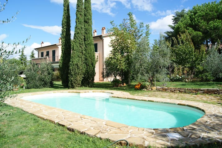 near Florence,the heart of Chianti - Tavarnelle Val di Pesa - Appartement