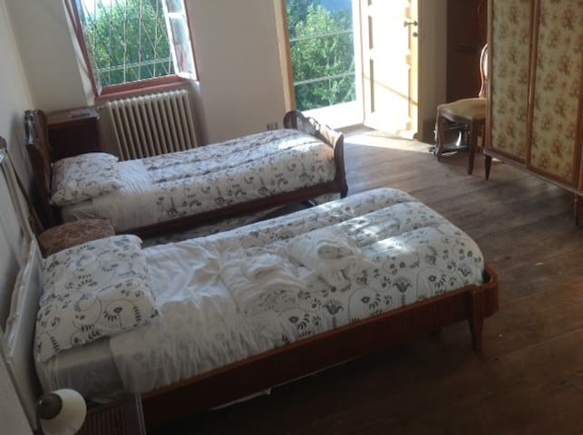 B & B from Giacomone 2-bedded room - Ameno - Inap sarapan