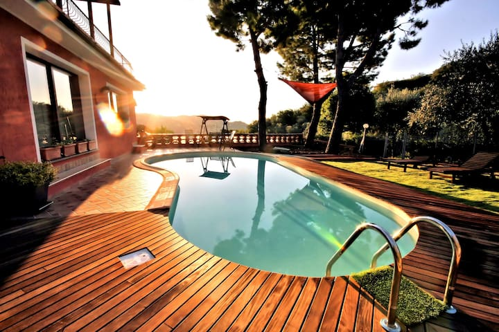 "BEAUTIFUL VILLA ""AGATA"" WITH POOL - Imperia - Villa"
