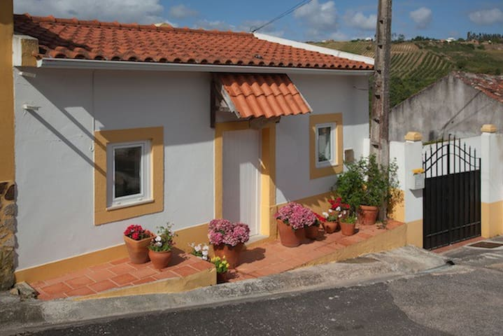 La Casita, A Dos Negros, Óbidos, Portugal - A dos Negros