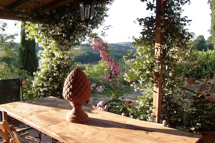 ENCHANTING VILLA IN TUSCANY - Florencia - Villa