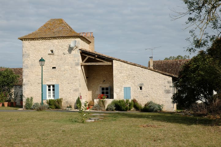 Charming Stone 16th Century Home - Mescoules - Maison