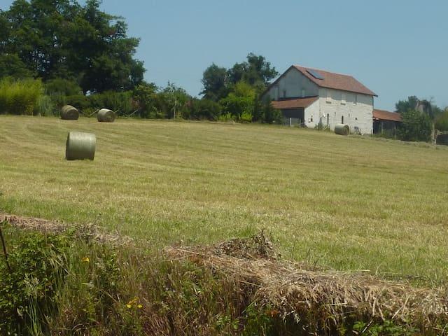 3 Chambres dans une ancienne ferme - Aubin - Timeshare