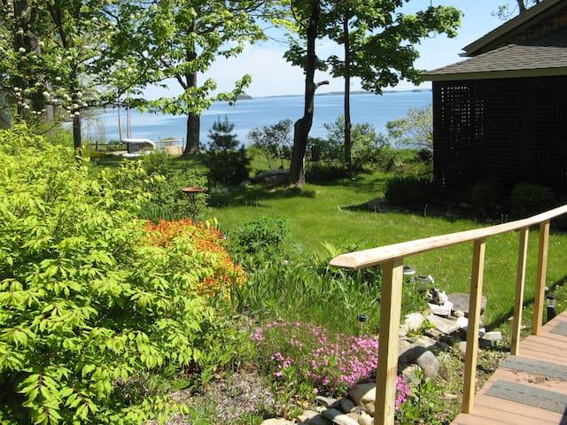 Island View Home - Chebeague Island