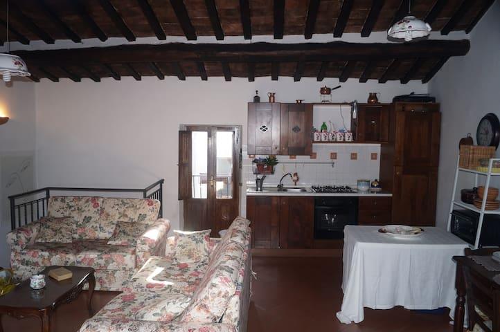 Lovely apartment close to Tivoli - Pisoniano - Leilighet