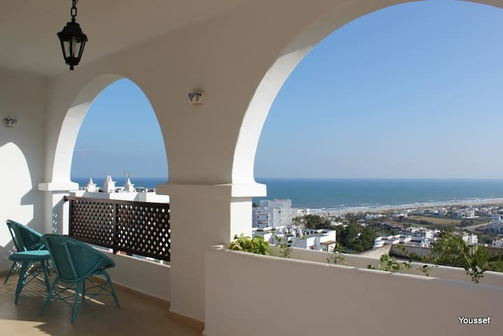Grand Luxury Apartment Furnished - Cabo Negro - Apartament