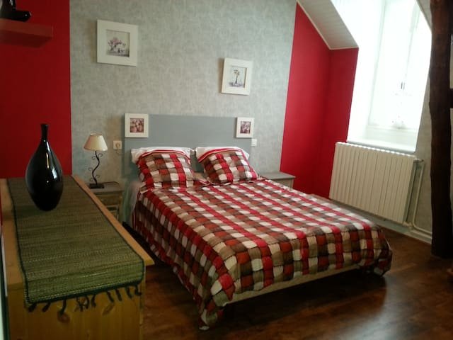 jolie chambre d'hôte proche Vichy - Vendat - Ev