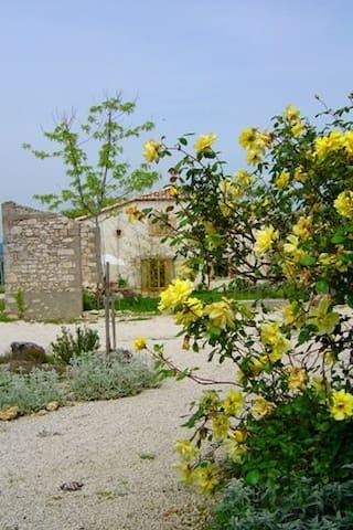Gite à la campagne piscine chauffée - Penne-d'Agenais - Haus