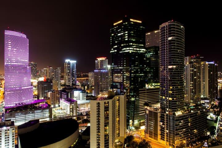 LUXURY 2LEVEL LOFT !STUNNING VIEWS! - Miami