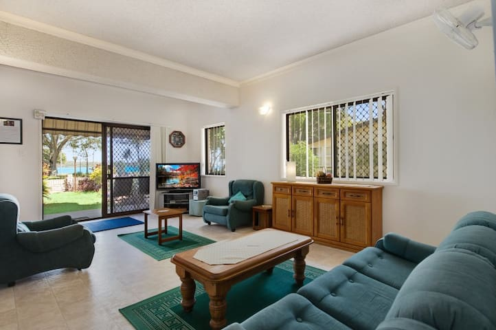 Keith's Place, the most popular unit on Bribie Is. - Bongaree - Appartement