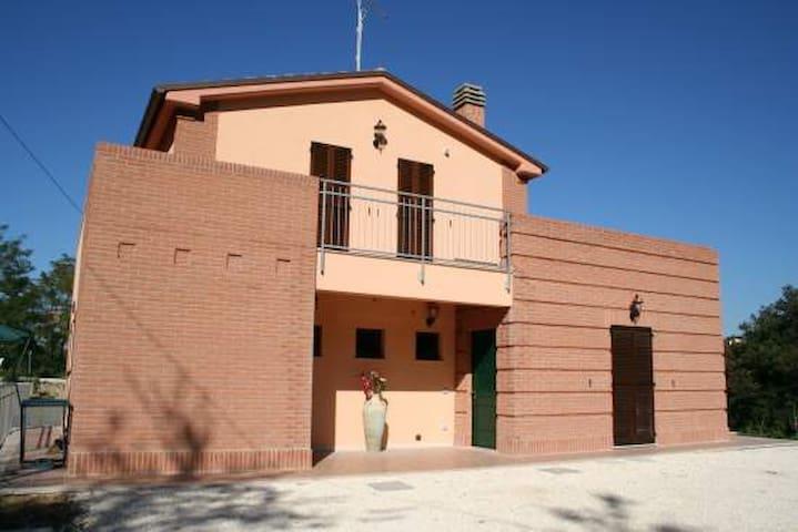 Farmhouse La Collina delle Streghe - Castelbellino - Inap sarapan