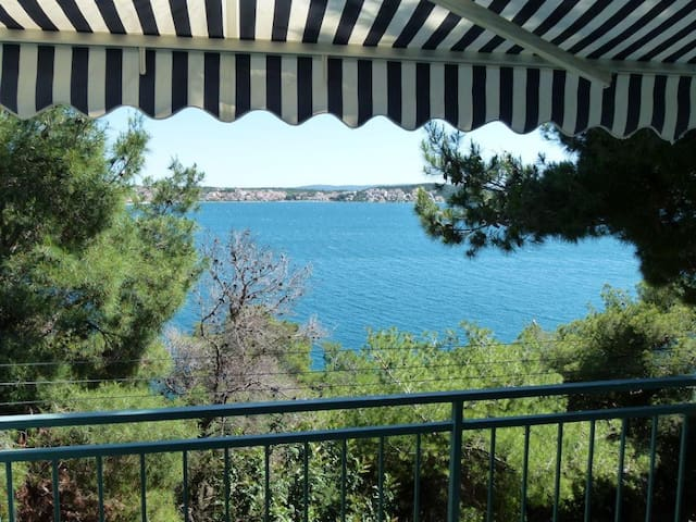 Sea View Apart, near center & beach - Trogir