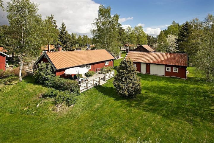 Country house close to nature - Haninge  - Cabaña