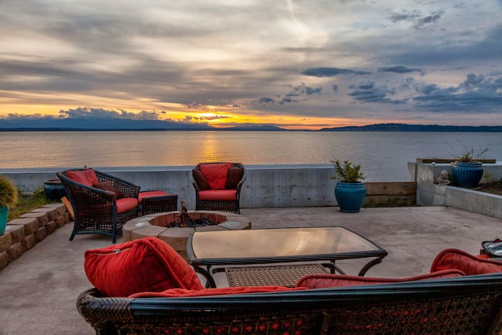 Sunset Beach Cottage Beachside SO WHIDBEY ISLAND - Clinton