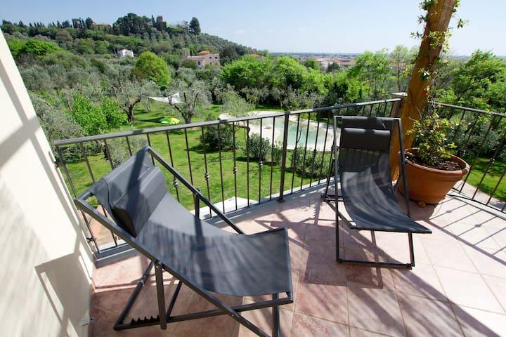Bilocale terrazza, 7 km dal mare - Venturina Terme - Departamento