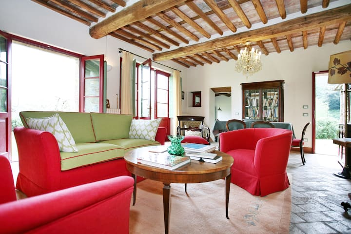 artist shelter in tuscany - Lucca