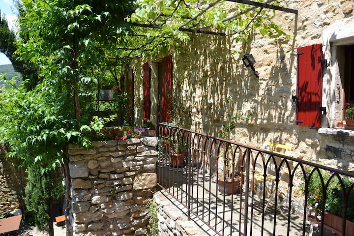 Appartement au sein de notre maison - Saint-Montan