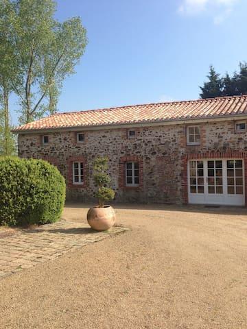 Charming country house  - Toutlemonde - Haus