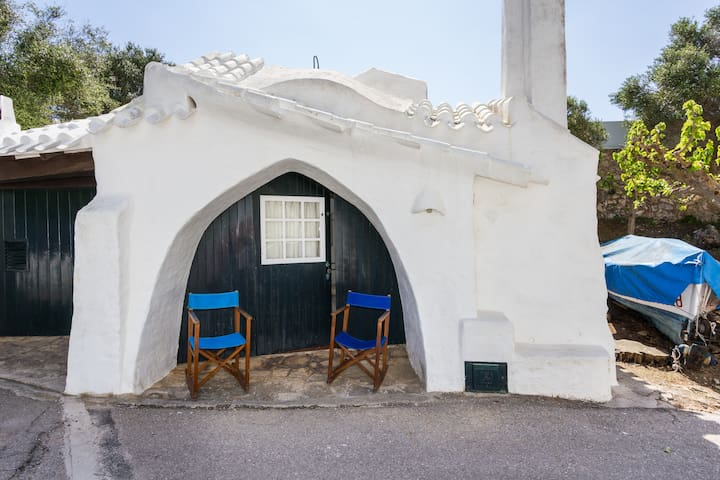 Romantic little house by the sea - Binibeca