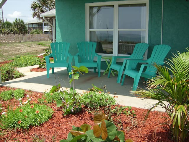 Life's Just Beachy-Oceanfront 2 Bedroom Home - Flagler Beach - Maison