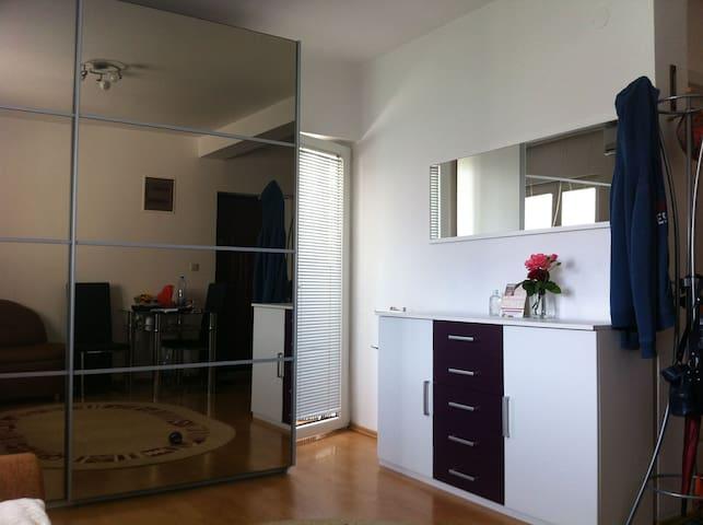 Igalo-Herceg Novi-Montenegro - Igalo - Apartemen