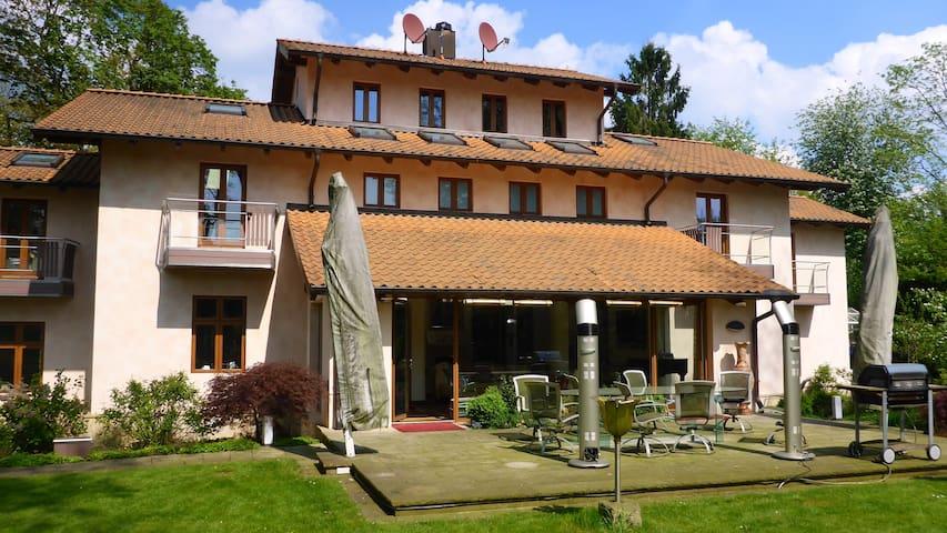 500 sqm luxury villa•10pers•Hamburg - Hamburg - Hus