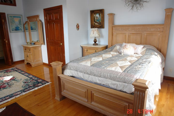 Victorian Mansion 20 min to NYC Room #1 - Leonia - Huis