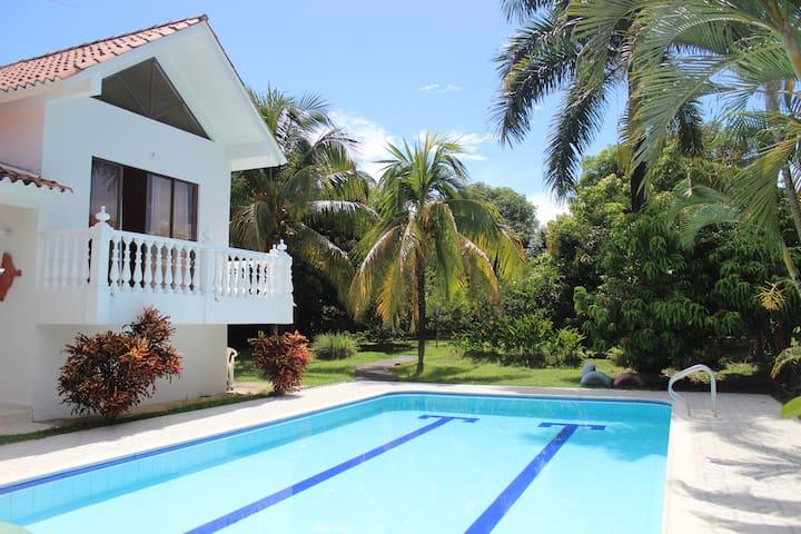Villa @ Melgar private pool - Melgar - Vila