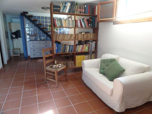 Between Rome and the sea - Aranova - Rumah