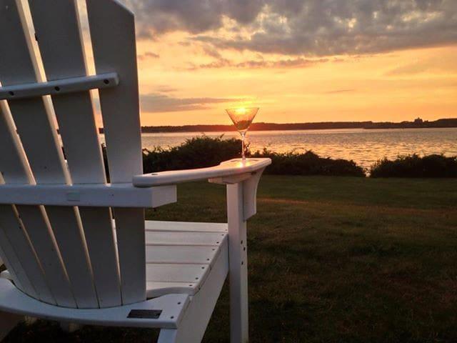 Jamestown Conanicut Island Retreat - Jamestown - Daire