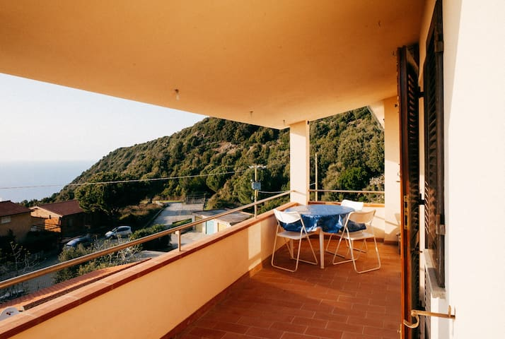 180* view to sea house and terrace - Marciana - Apartment