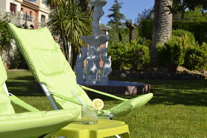 Magnifica propiedad en Granada - Ogíjares - Huis