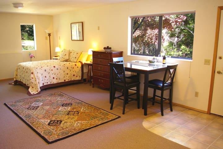 Mt. Shasta Forest Retreat-VIEW!!! - Weed - Appartement