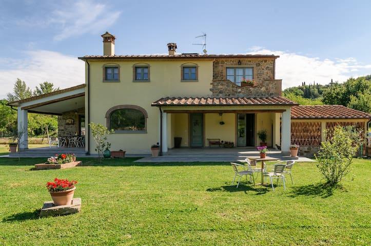 """"""" Le Tre Civette"""" Country House - Arezzo"""