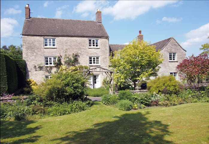 Charming ancient village hideaway  - Church Hanborough